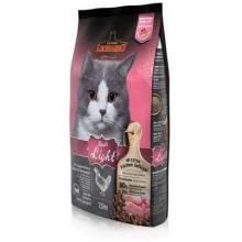 Leonardo Adult Light корм для взрослых стерилизованных кошек, имеющих избыточный вес 2 кг (7.5 кг)